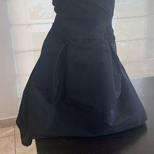 Black natural silk skirt.